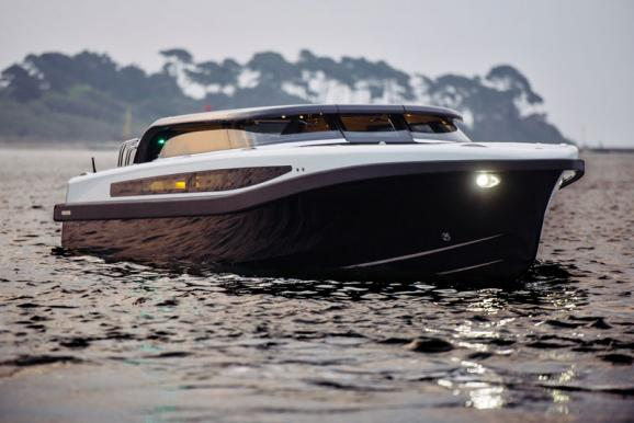 Projects-2017-09-Superyacht-tender-Pascoe-International-SL-Limousine-1.jpg