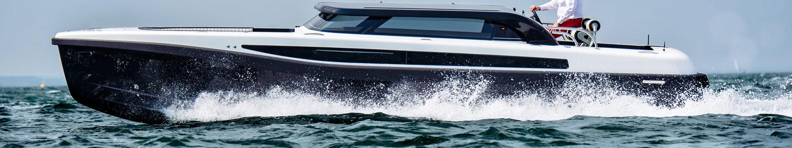 Projects-2017-09-Superyacht-tender-Pascoe-International-SL-Limousine-thumbnail.jpg