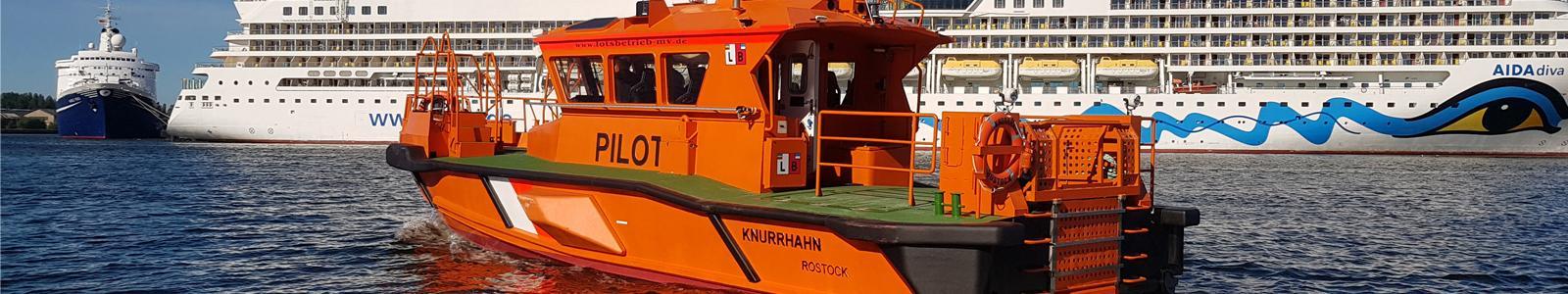 Fender system for workboat Petermann en Knorhahn