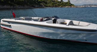Maatwerk fenders voor open superyacht tender SL Landau 9.6m
