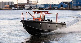 Projects-2016-02-workboat-fenders-Tideman-Boats-RBB-thumb.jpg