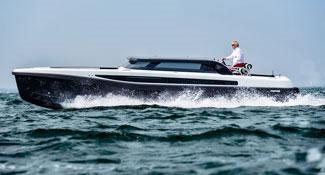Projects-2017-09-Superyacht-tender-Pascoe-International-SL-Limousine-thumbnail.jpg
